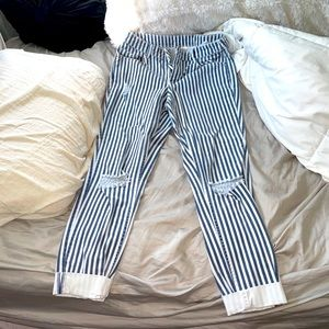 H&M Divided Stripped Jeans